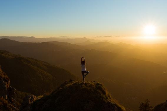 6 skäl att börja dagen med yoga